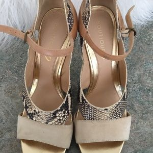 Leather nude snake shoes with gold trim size 9